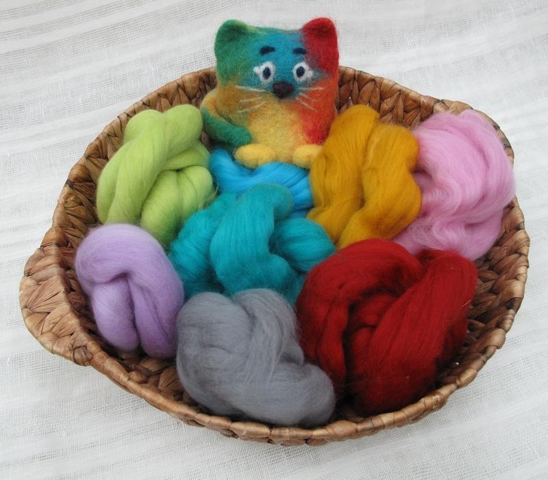 1720039_valyanie-dlya-nachinauschih Сухое валяние игрушек из шерсти: пошаговая инструкция для начинающих с фотографиями и описанием