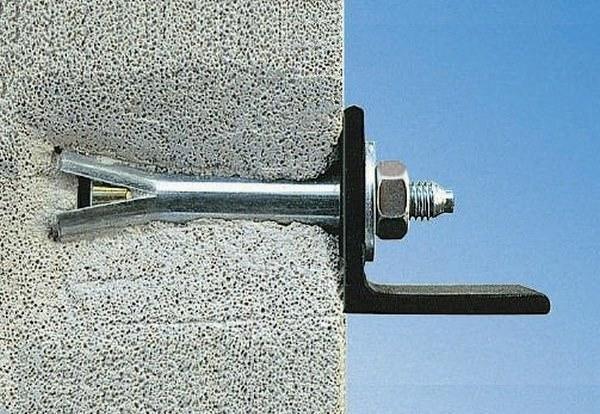 Уголок для полок к стене