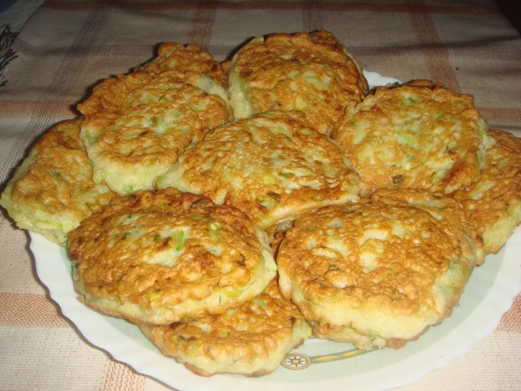 Кабачковые оладьи сладкие - рецепт пошаговый с фото