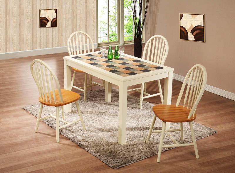 Использование плитки на столе открывает огромный простор для фантазии, ведь сегодня ее выбор по-настоящему безграничный