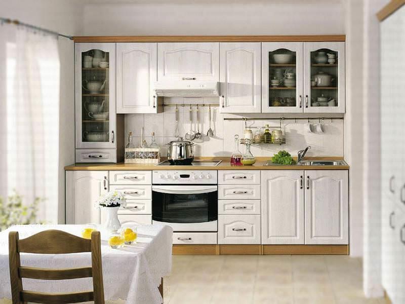 Выбор материала для изготовления кухонной мебели во многом зависит от будущего стиля оформления
