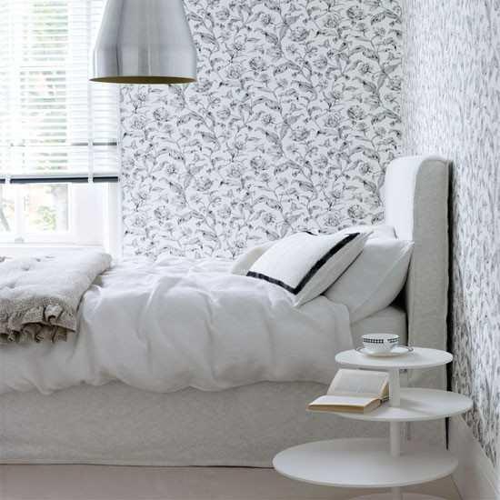 Маленькую комнату можно очень легко испортить с помощью неправильно выбранных обоев: поэтому важно подобрать правильную отделку стен