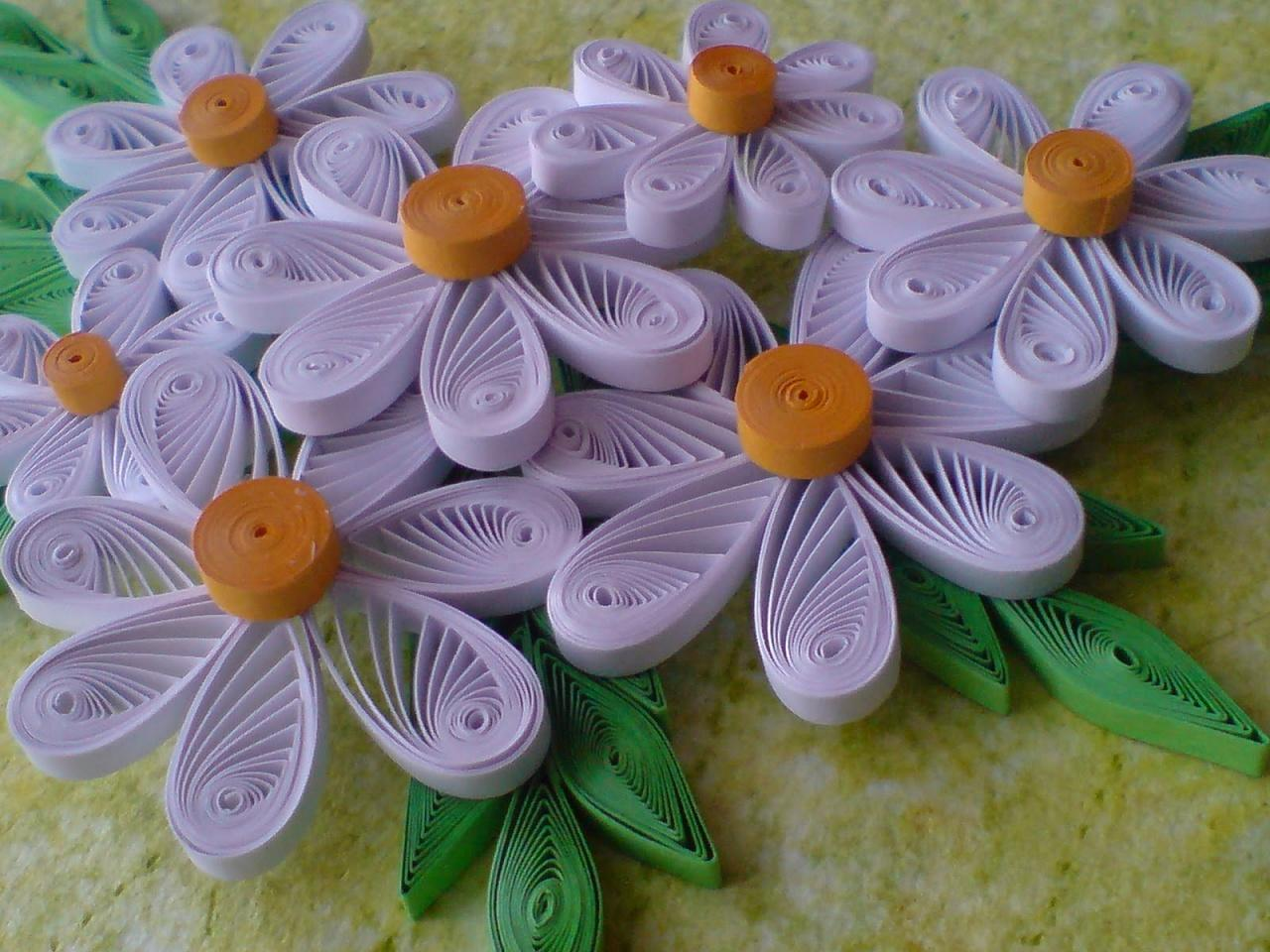 dsc00964 Квиллинг для начинающих пошагово с фото: схемы с описанием, цветы как сделать и видео-уроки, мастер-класс поэтапно