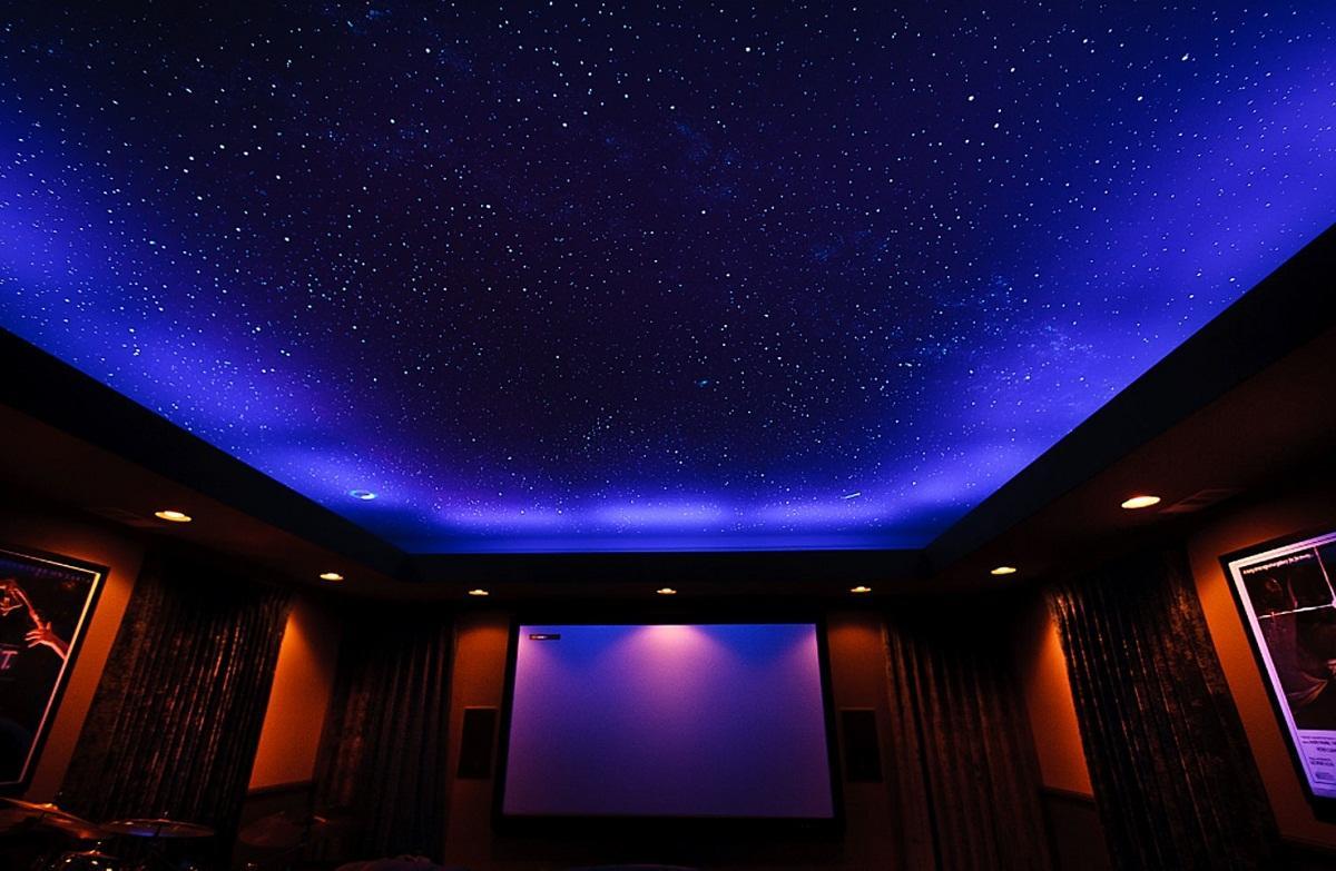 потолок в зале сиренево розовое звездное небо фото была тогда первой