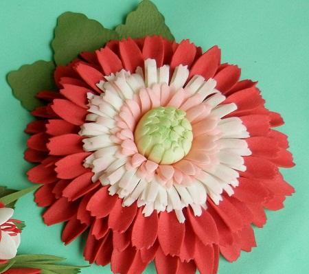 54f8dcc322d63_gerbera_dlya_olgi1 Гербера из фоамирана: фото мастер класса, видео как сделать пошагово, выкройки и шаблоны цветов, по схеме своими руками