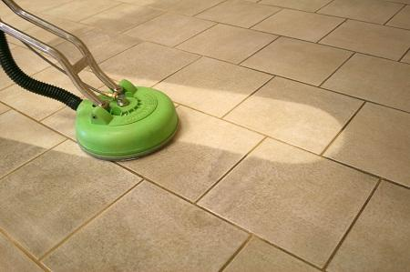 Выполнив правильно чистку плитки, можно вернуть ей первоначальный привлекательный вид
