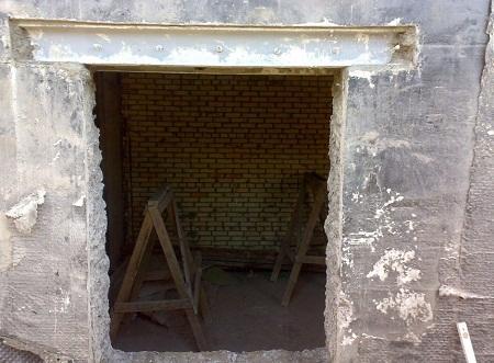Расширение входной двери в панельном официально