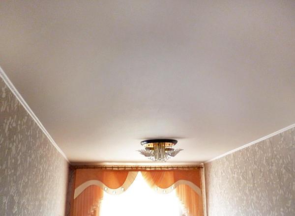 Правильно выбранный потолок эконом-варианта гарантирует вам идеальные эксплуатационные качества для любого помещения