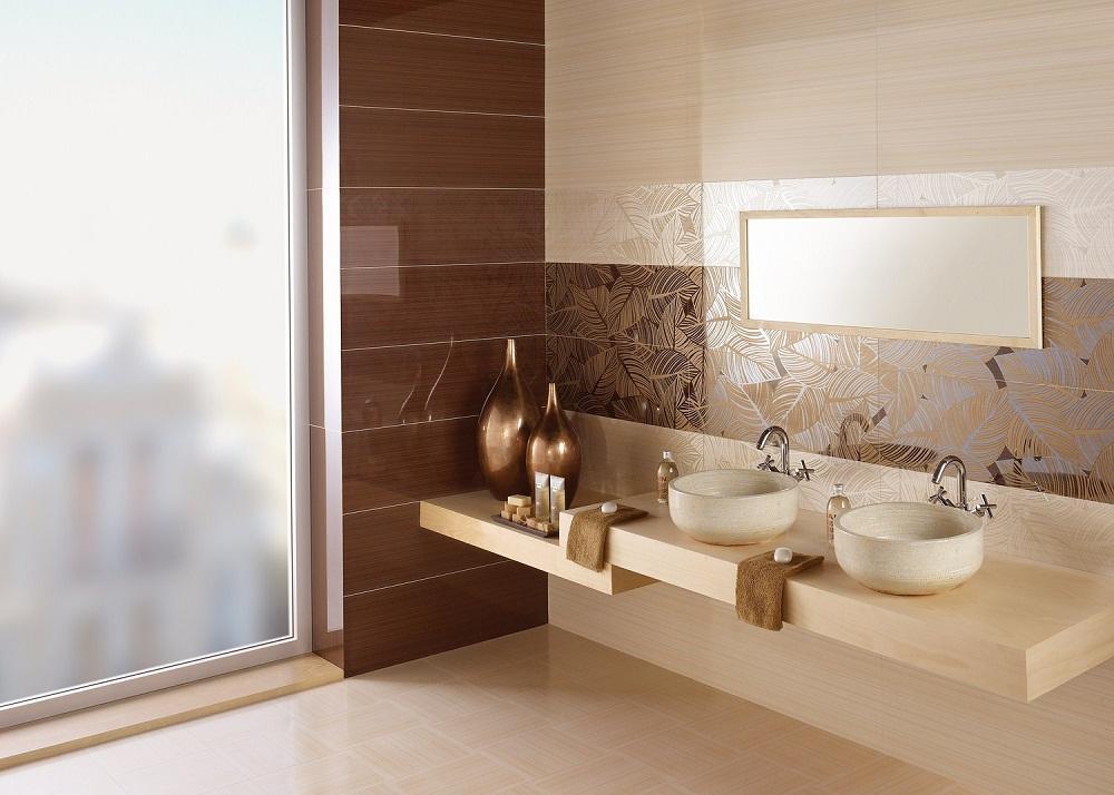 Отличным решением является комбинирование испанского кафеля разных цветов в ванной комнате