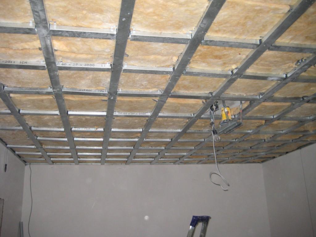 какой гипсокартон на потолок