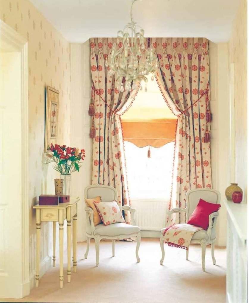 Для пошива итальянских штор используются современные материалы — тонкий однослойный жаккард, плотный натуральный шелк, хлопок, атлас