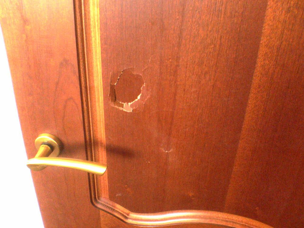 Пробил дверь что делать