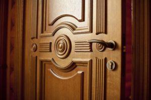 Входите! Разновидности дверей для вашего дома