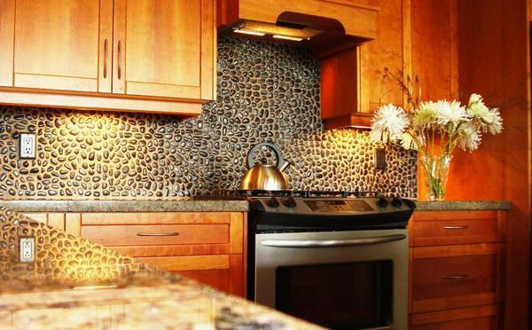 Выбирайте материал для фартука под стиль кухни