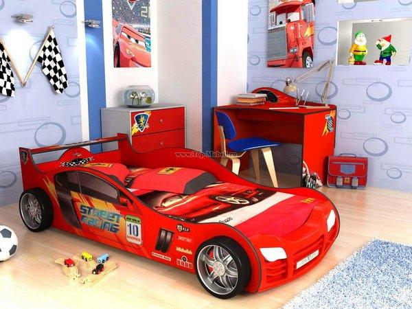 Младшие дети любят сказочные кровати