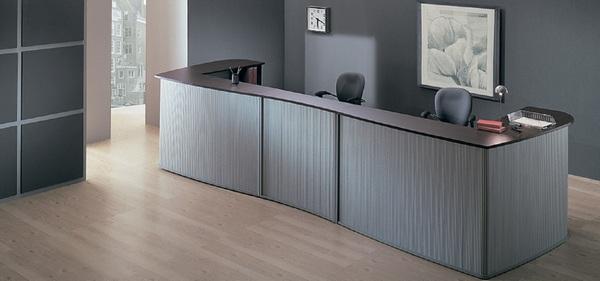 Качество, функциональность, дизайн, прочность и удобство являются основными критериями при выборе мебели для приемной