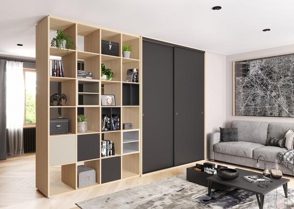 Встроенный шкаф с полками для гостиной