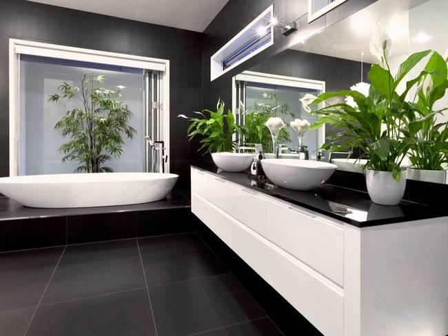 Искусственные растения в дизайне интерьера ванной комнаты
