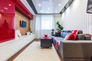 Установка натяжного потолка в малогабаритную квартиру: разбираем нюансы