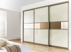Шкафы-купе и их достоинства, особенности, параметры выбора