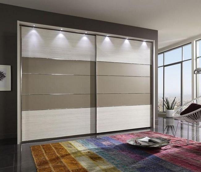 Практичные шкафы-купе в дизайне интерьера